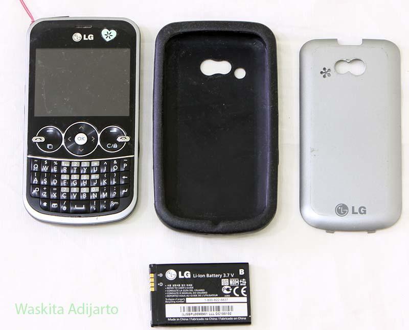 Handphone LG GW 300