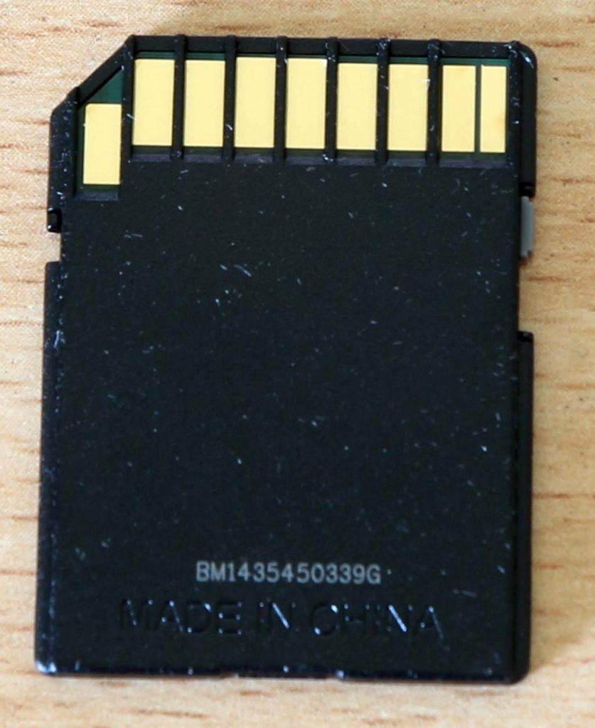Memory card SanDisk 32 GB tampak belakang