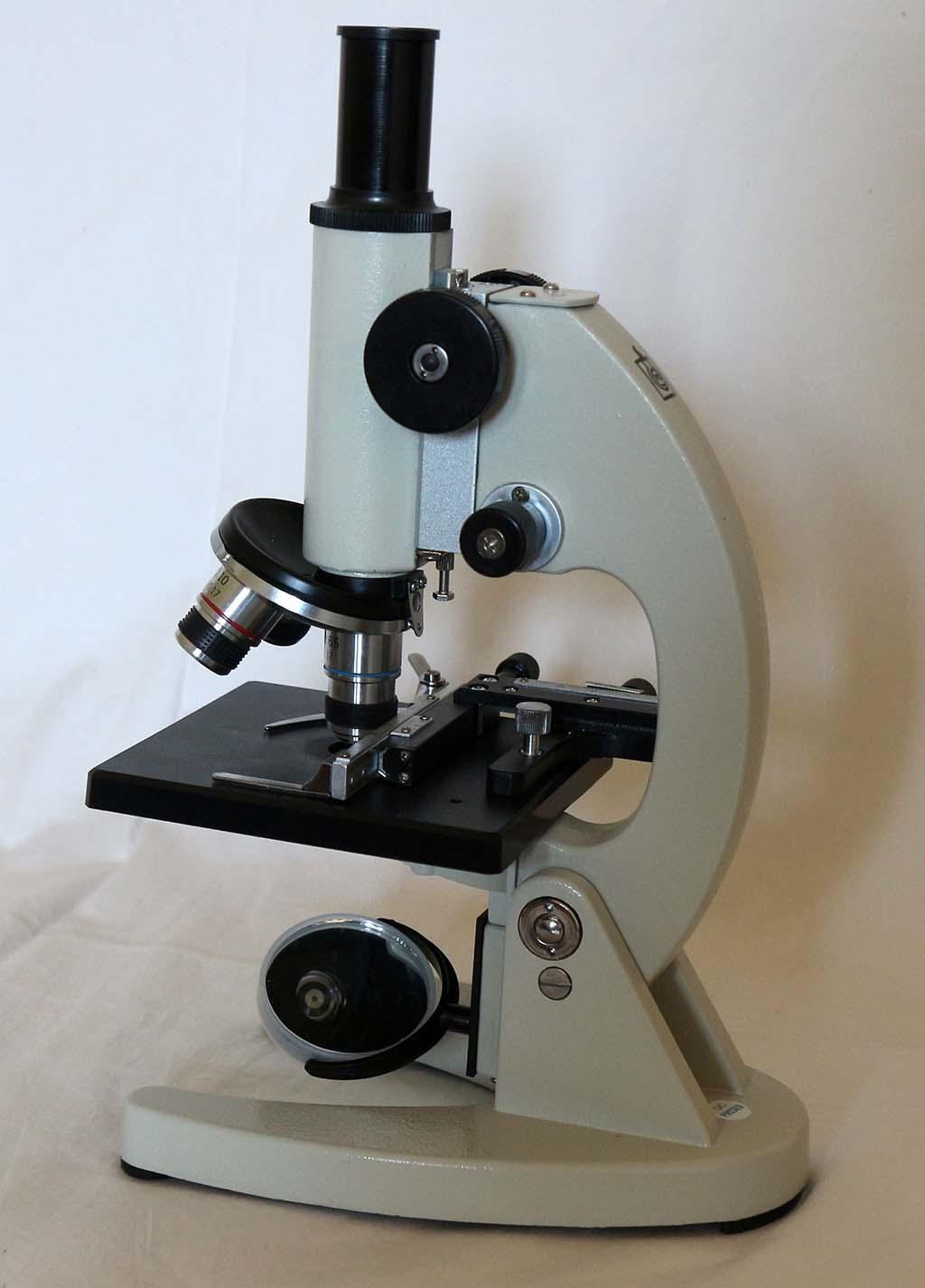 Mikroskop Siswa BMK 20